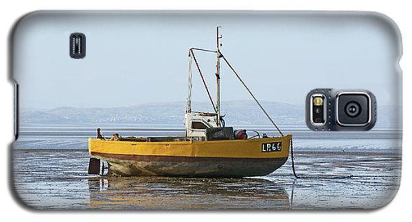 Morecambe. Yellow Fishing Boat. Galaxy S5 Case