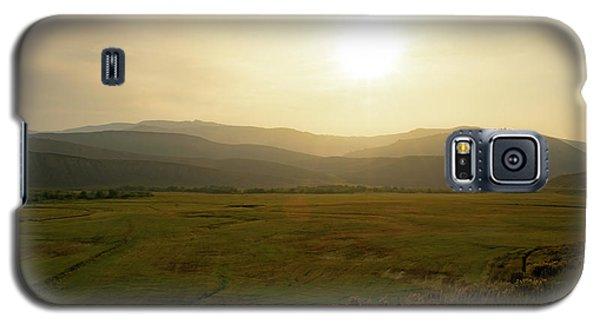 Mountains At Dawn Galaxy S5 Case