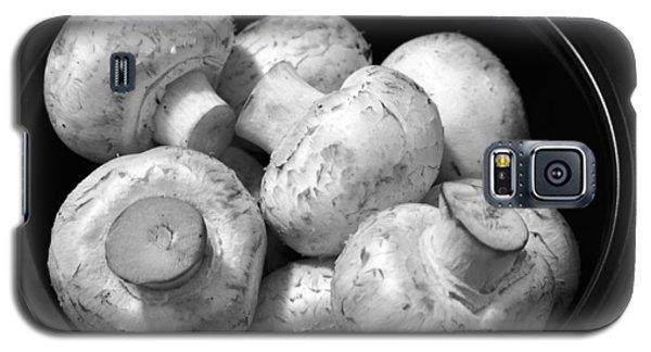 Mushrooms In A Bowl Black And White Galaxy S5 Case