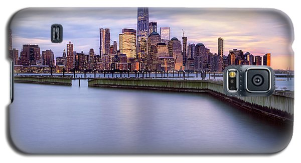 Galaxy S5 Case featuring the photograph New York Skyline by Jacqui Boonstra