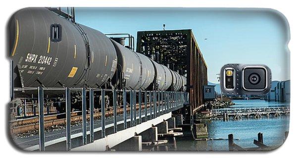Oil Train Over Swinomish Channel Galaxy S5 Case