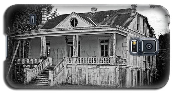 Old House Black And White Galaxy S5 Case