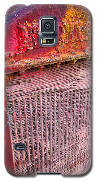 Old Red Galaxy S5 Case