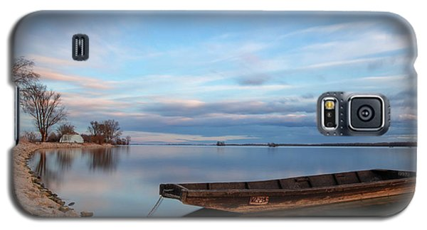 On The Shore Of The Lake Galaxy S5 Case