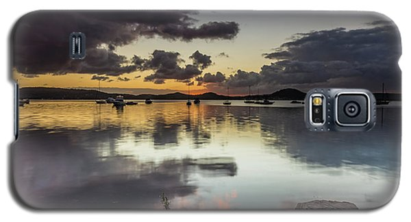 Overcast Waterscape With Hints Of Colour Galaxy S5 Case