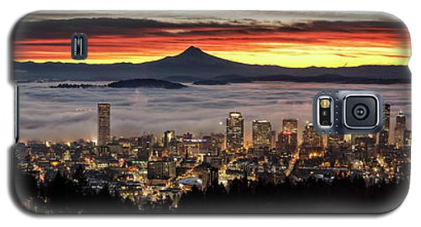 Portland Foggy Sunrise Galaxy S5 Case