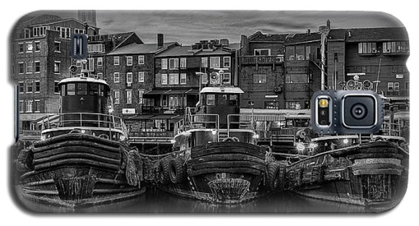 Portsmouth Tugboats At Dawnt In Black And White Galaxy S5 Case