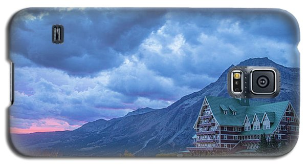 Prince Of Wales Hotel At Sunrise Galaxy S5 Case