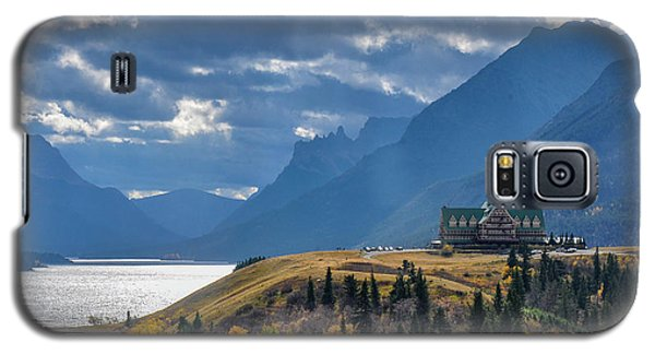 Prince Of Wales Hotel In The International Peace Park Galaxy S5 Case