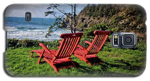 Red Chairs At Agate Beach Galaxy S5 Case