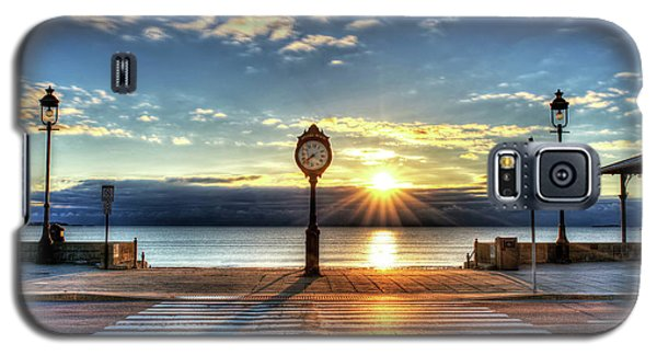 Revere Beach Clock At Sunrise Angled Long Shadow Revere Ma Galaxy S5 Case