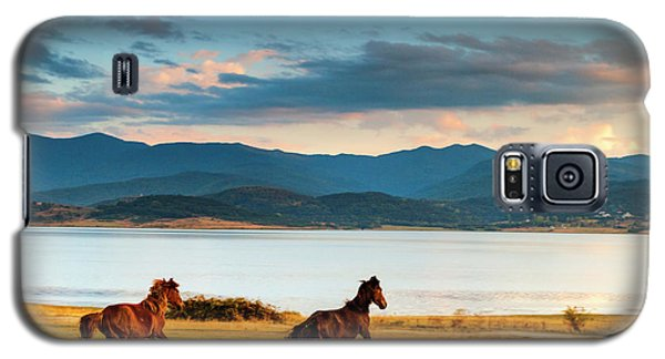 Running Horses Galaxy S5 Case