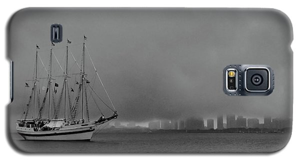 Sail In The Fog Galaxy S5 Case
