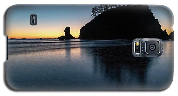 Sea Stack Silhouette Galaxy S5 Case
