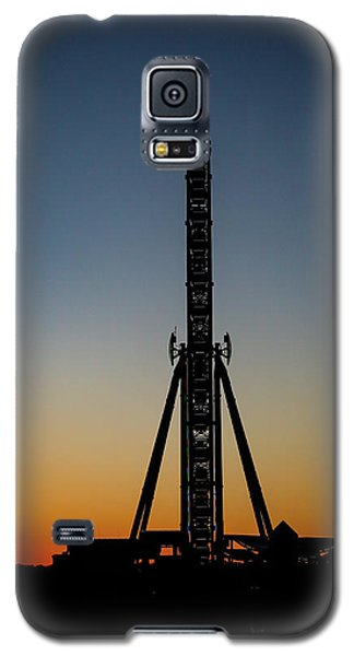 Silhouette Of A Ferris Wheel Galaxy S5 Case
