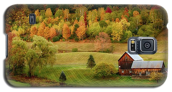 Sleepy Hollow Barn In Autumn Galaxy S5 Case