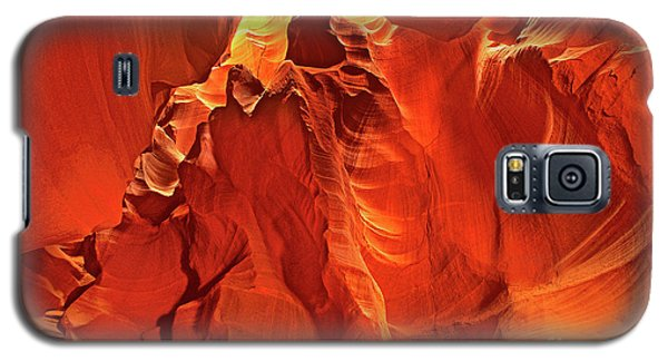 Slot Canyon Formations In Upper Antelope Canyon Arizona Galaxy S5 Case