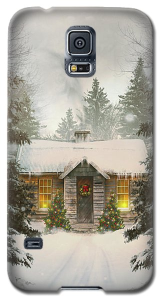 Small Cabin In A Snow Covered Forest Galaxy S5 Case