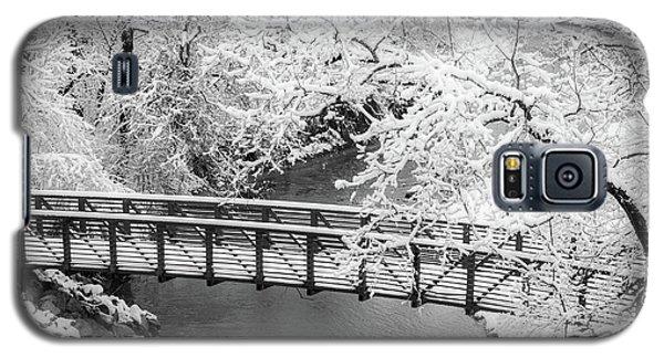 Snowy Bridge On Mill Creek Galaxy S5 Case