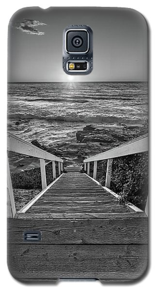 Steps To The Sun  Black And White Galaxy S5 Case
