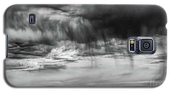 Stormy Sky In Black And White Galaxy S5 Case
