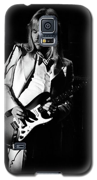 Galaxy S5 Case featuring the photograph Styxspo77 #14 Enhanced Bw by Ben Upham