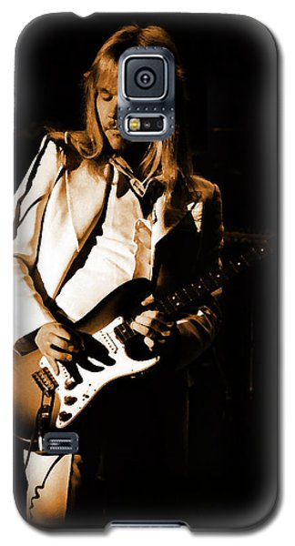 Galaxy S5 Case featuring the photograph Styxspo77 #14 Enhanced In Amber by Ben Upham