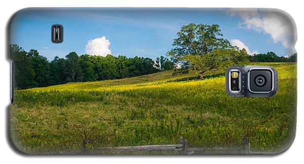 Blue Ridge Parkway - Summer Fields Of Yellow - Lone Tree Galaxy S5 Case