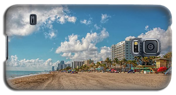 Sunny Day At Hollywood Beach Galaxy S5 Case