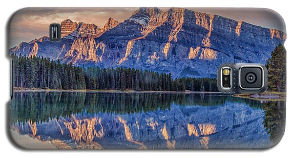 Sunrise At Two Jack Lake Galaxy S5 Case