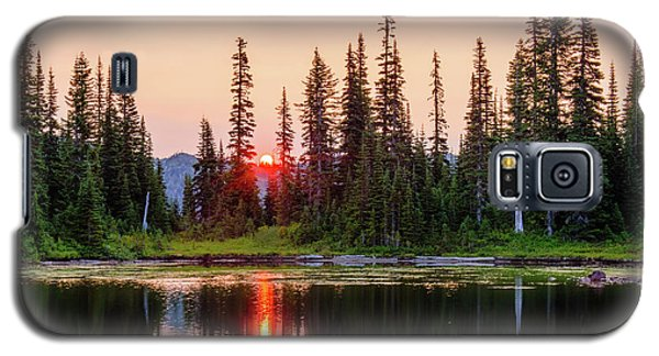 Sunrise From The Reflection Lake Galaxy S5 Case