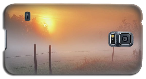 Sunrise Over Morning Pasture Galaxy S5 Case