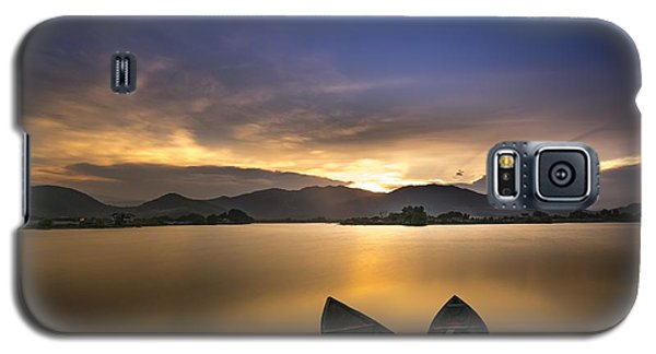 Sunset On The Lake Galaxy S5 Case
