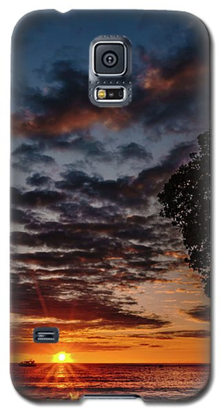 The Friday Before Christmas Galaxy S5 Case