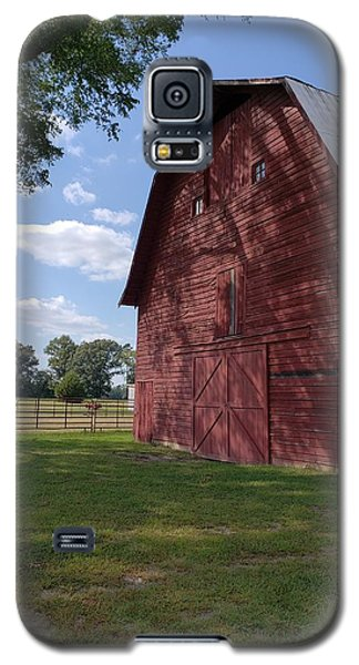 The Old Red Barn Galaxy S5 Case