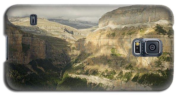The Ordesa Valley Galaxy S5 Case