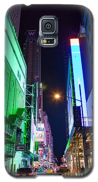 Galaxy S5 Case featuring the photograph Time Square 2 by Jacqui Boonstra