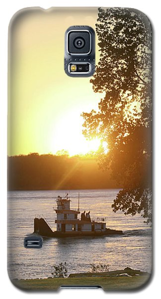 Tugboat On Mississippi River Galaxy S5 Case