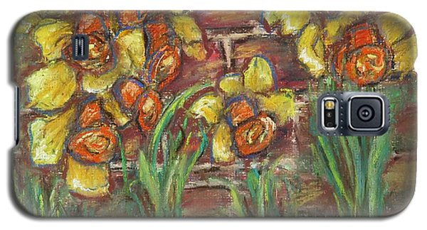 Two Toned Daffodils Galaxy S5 Case
