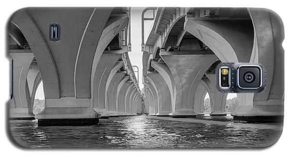 Under The Woodrow Wilson Bridge Galaxy S5 Case