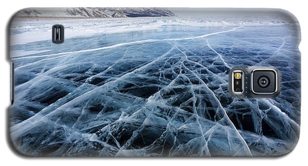 Icy Galaxy S5 Case - View Of Beautiful Drawings On Ice From by Nickolay Vinokurov