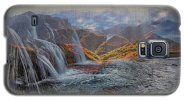 Waterfalls In The Mountains Galaxy S5 Case