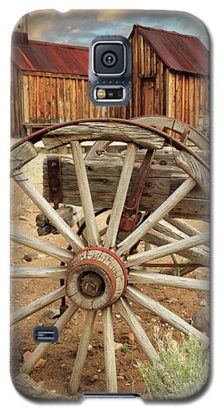 Wheels And Spokes In Color Galaxy S5 Case