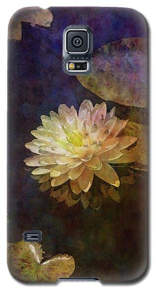 White Lotus Lily Pond 2938 Idp_2 Galaxy S5 Case
