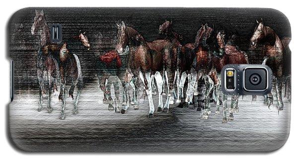 Wild Horses Under Spotlight Galaxy S5 Case