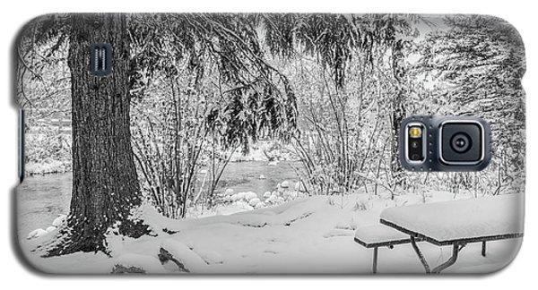 Winter Picnic Galaxy S5 Case