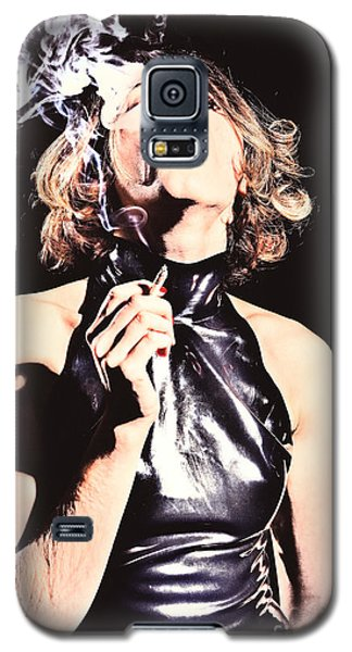 Woman Smoking A Cigarette Galaxy S5 Case