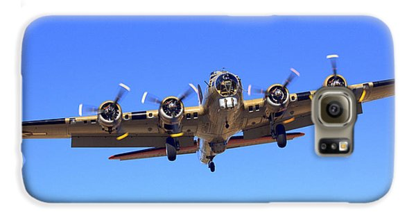 B17 Flying Fortress On Approach At Livermore Klvk Galaxy S6 Case