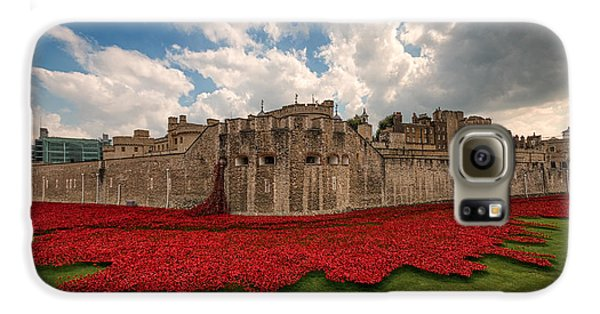 Tower Of London Remembers.  Galaxy S6 Case by Ian Hufton