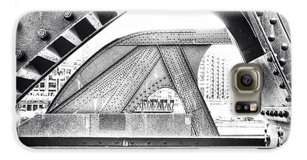 Architecture Galaxy S6 Case - Chicago Bridge In Black And White by Paul Velgos